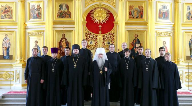 В Саратовской православной духовной семинарии состоялся XX юбилейный выпуск