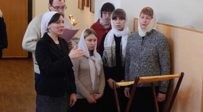 Любительский хор нашего храма исполнил песнопения Божественной литургии