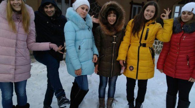 Активистка молодежного клуба «Ладья» приняла участие в «Школе добровольцев»