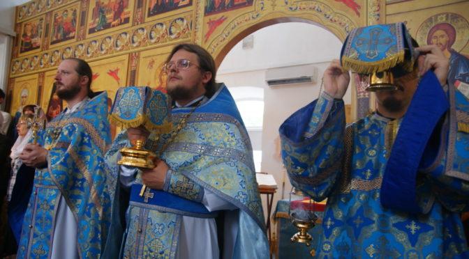 Воскресные богослужения в неделю 13-ю по Пятидесятнице