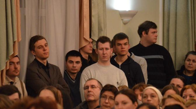 Участники клуба «Ладья» встретились с протоиереем Артемием Владимировым