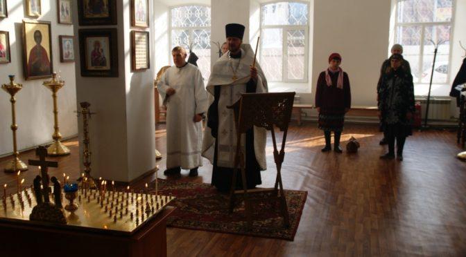 В нашем храме совершено поминовение жертв трагедии в Кемерово