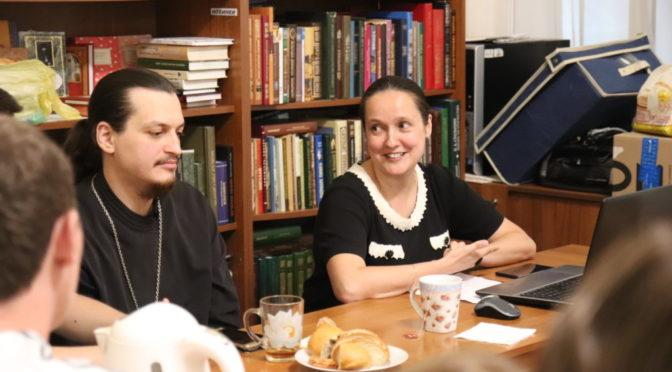 В «Ладье» состоялась беседа о происхождении и развитии славянского языка