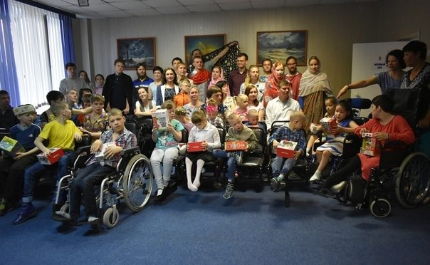 Участники «Ладьи» посетили детский дом