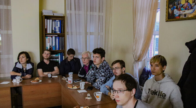 В «Ладье» посмотрели фильм о культуре и традициях Грузии